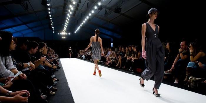 Models Catwalk