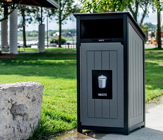 Busch Systems Aspyre Collection Aura Series single in black and grey in a city park outside