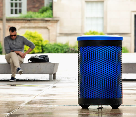 Busch Systems Toronto single stream container with blue liner and blue standard lid